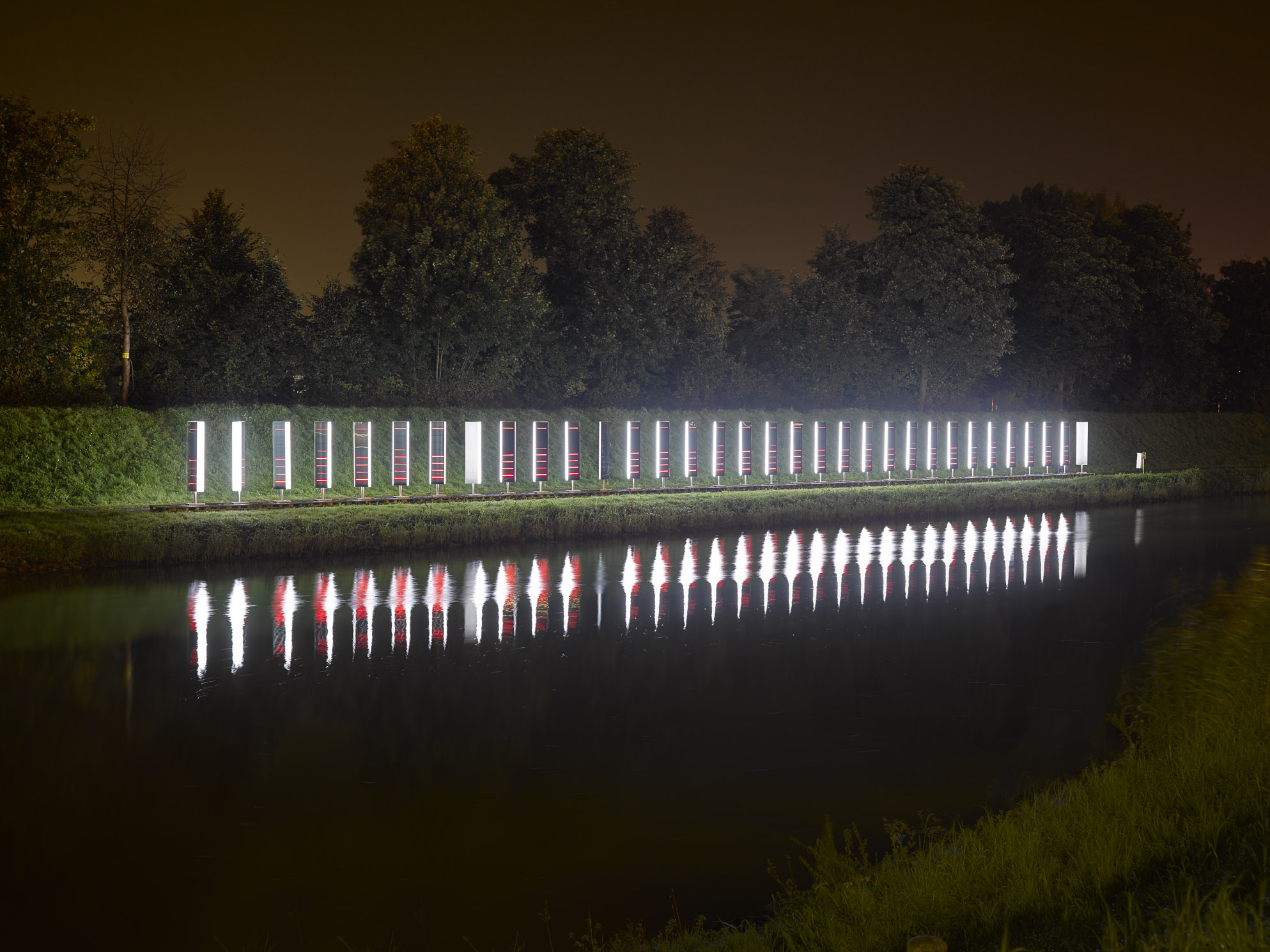 Sans Facon_Binary Waves_02 (c) Roman Mensing_Urbane Künste Ruhr 2015