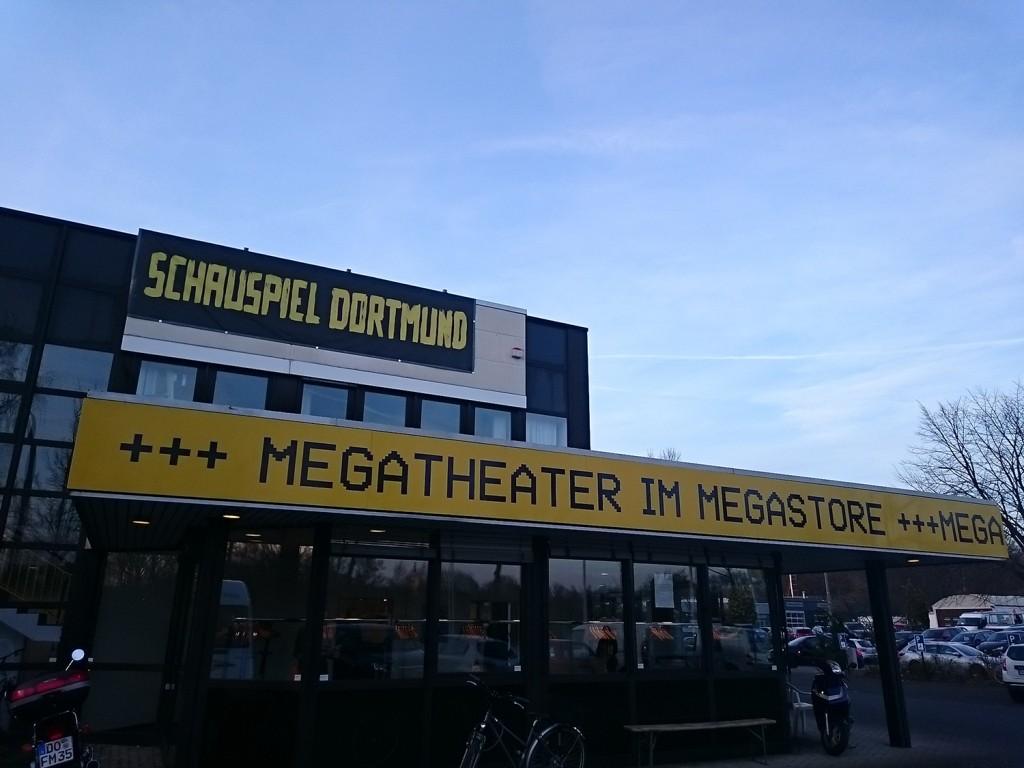 Megastore (c) Steffen Korthals